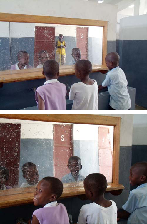 ooks like the new lavatory at Vilaj Espwa is making a splash with the kids. Or is it the other way around?