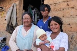 Justina Espinoza and her three children