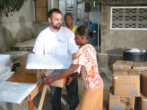 Cross Catholic Projects Officer Mike Henry helped to hand out emergency aid in the Port-au-Prince neighborhood of Jacquet.