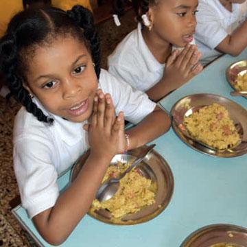 1073 - Fundacion Ciento por Uno - Dominican Republic