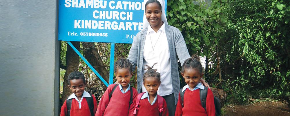 Teacher with Kindergarten Students